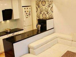 5 room apartment Klaipėdoje, Centre, M. Mažvydo al.