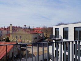 4 kambarių butas Vilniuje, Naujamiestyje, Z. Sierakausko g.