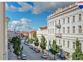 3 kambarių butas Vilniuje, Senamiestyje, Etmonų g.