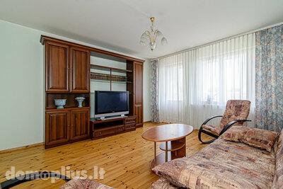 Parduodamas 3 kambarių butas Vilniuje, Pašilaičiuose, Laisvės pr.