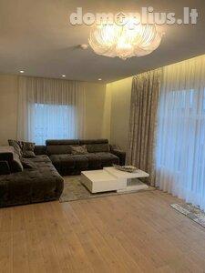 2 rooms apartment for rent Klaipėdoje, Senamiestyje, Turgaus g.