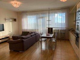 3 kambarių butas Klaipėdoje, Centre, Naujoji Uosto g.