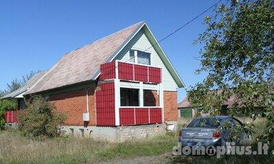 Parduodamas gyvenamasis namas Radviliškio r. sav., Vaitiekūnuose, Tarailio g.
