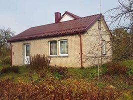 Gyvenamasis namas Vilkaviškio r. sav., Pilviškiuose, Stoties g.